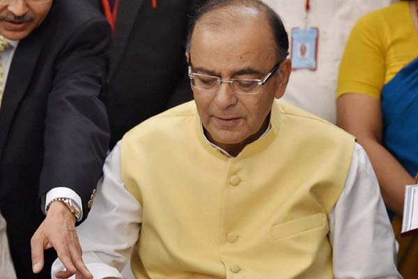 Promising tax stability Arun Jaitley pitches for foreign investments