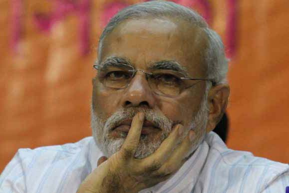 Modi targets Sonia Gandhi, Congress over VVIP chopper scandal in Assembly polls campaign