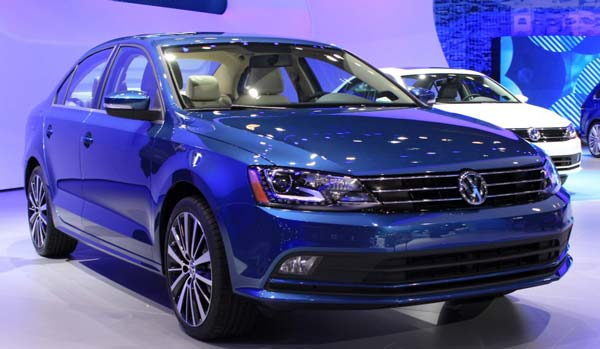 Volkswagen unveils new Jetta; company won't add dealerships this year