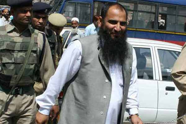 Masarat Alam issue: J&K BJP leaders ask central leadership to sever ties with PDP