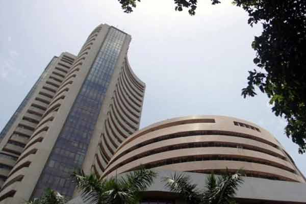 Greece defaulting concern; Sensex tanks 530 points