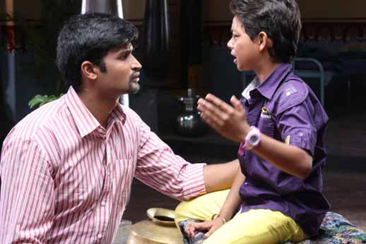 """""""Friend- Tere Jaisa Yaar Kahan"""" based on children neglected by their parents"""