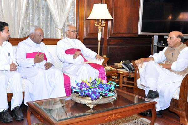 CBCI delegation calls on Union Home Minister