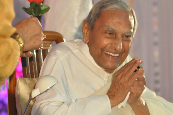 The Second Indian Mayor of USA, visiting Pune - 1st August and 2nd August 2016 on the occasion of Rev. Dada J.P. Vaswani's 98th Birthday