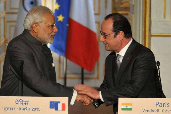 Modi' France visit: 17 agreements, three letters of intent signed