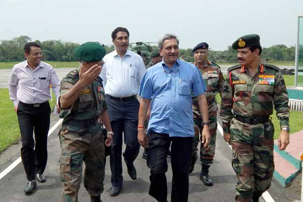 Manohar Parrikar: Pakistan 'pretending to sleep' on Pathankot strike probe