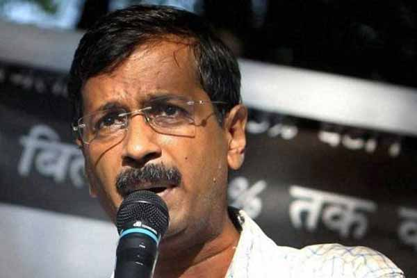 Chopper scam: Arvind Kejriwal dares BJP, arrest Sonia Gandhi if you have guts