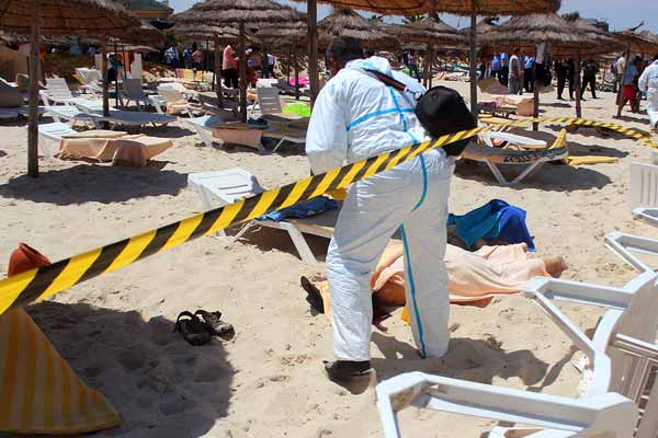 Following Seaside Massacre tourists scramble to leave Tunisia