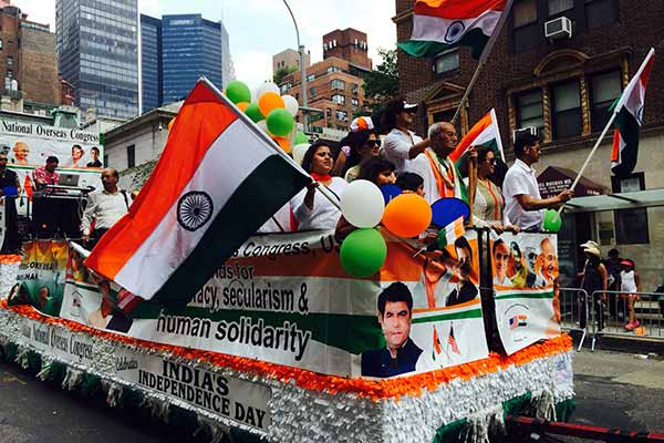Shashi Tharoor M.P. lauds the Indian Community at India Day Parade