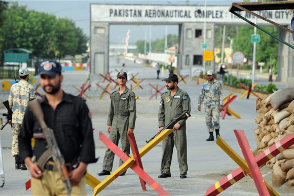 Air Force Base in Pakistan attacked by militants; 6 Attackers killed