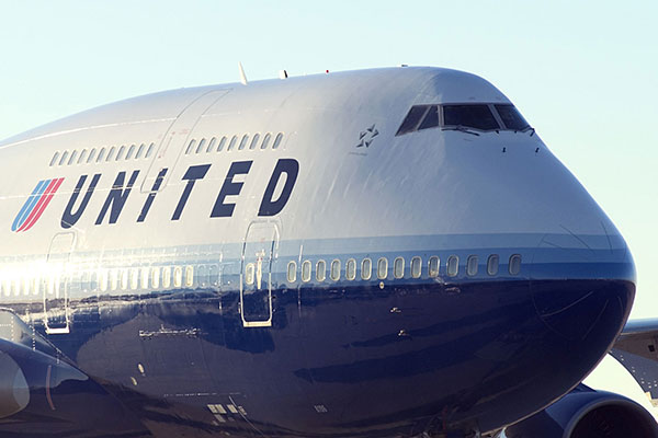 United Airlines: Hart takes over leadership