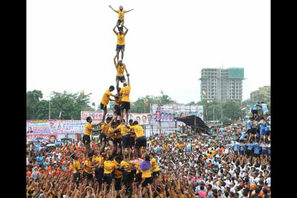 SC: Raising Dahi Handi height very scary; Refuses Rethink