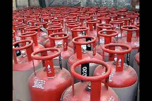 LPG subsidy: No more subsidy for consumers with annual taxable income of more than Rs 10 lakh