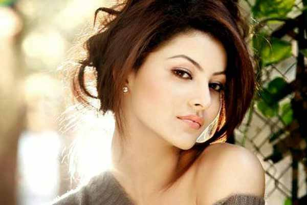Actress Urvashi Rautela named Yamaha Fascino Miss Diva 2015