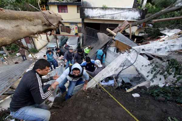Guatemalan mudslide: Death toll reaches 56, hundreds missing