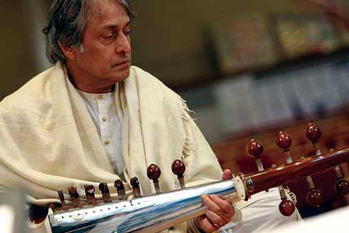 Amjad Ali Khan: Modi should rein in party members; backs protests over intolerance