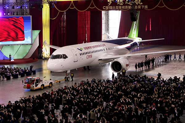 First big passenger jet to vie with Boeing, Airbus unveiled by China