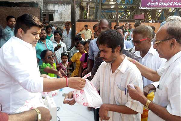 Gandhi Vichar Manch distributed Food grains & Sweets to handicapped on occassion of Diwali