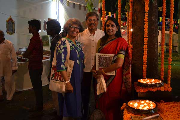 Inauguration of the Dastkari haat craft festival by Amol Palekar, Sandhya Gokhale and Jaya Jaitly