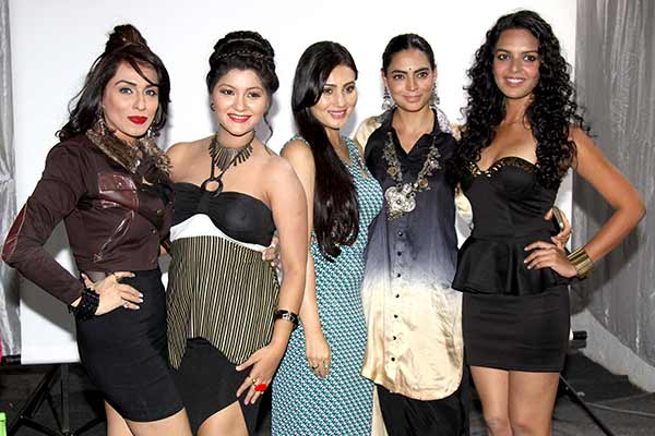 Celebs came for launch of first look of Hindi film Six X launched at Mumbai Cream, Oshiwara
