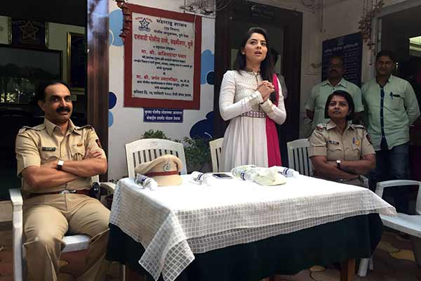 Sonalee acknowledged for her role in Poshter Girl