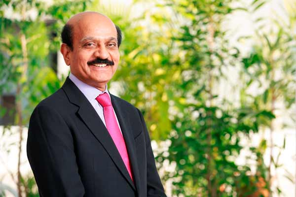 Cyient Executive Chairman, BVR Mohan Reddy Receives the HMA Lifetime Achievement Award, 2015