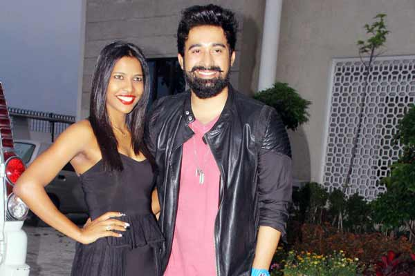 "Splitsvilla Season 8 Fame Mia Lakra & Rannvijay Singh at ""Dellywood Mr. & Ms. India 2016"""