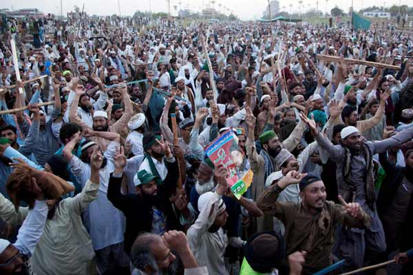 Islamist protesters end protest in Pakistani capital