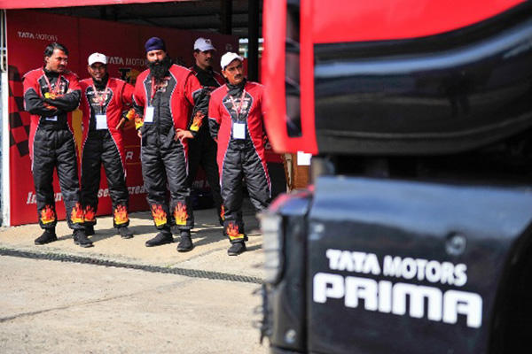 Tata Motors announces 17 potential Indian racers for the T1 Prima Truck Racing Championship 2016