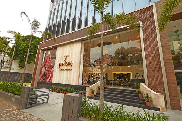 In a first, Tanishq launches five new retail outlets in Mumbai in a single day