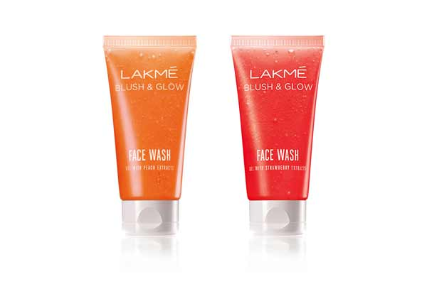 Get the perfect fruit kissed glow with Lakme!