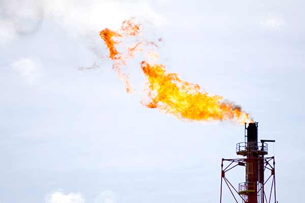 EBRD supports global initiative to reduce gas flaring