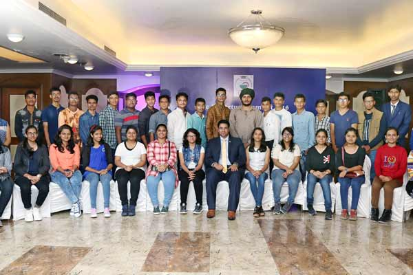 A.K. Educational Consultants 2016 Students leave for Russian Federation to study medicine