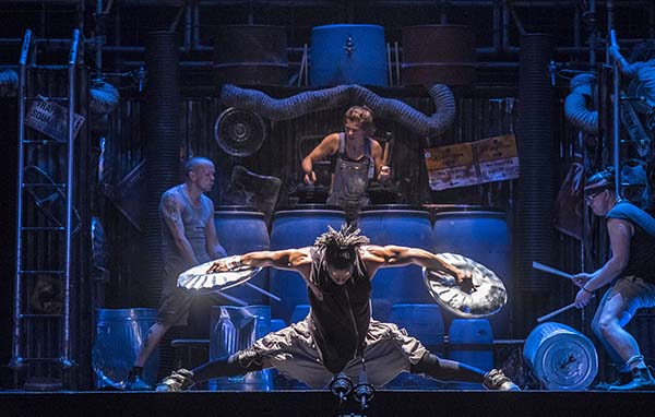 "AGP World presents ""STOMP"" -THE BRITISH MUSICAL EXTRAVAGANZA's DEBUT PERFORMANCE IN INDIA"