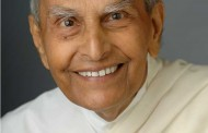 Dada J.P. Vaswani's message on Womens Day: Hindu Thread Ceremony for women too!