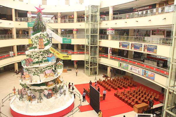 Inauguration of Christmas Snow Hill Town at Express Avenue - Tallest ever Christmas Decor in Chennai City malls