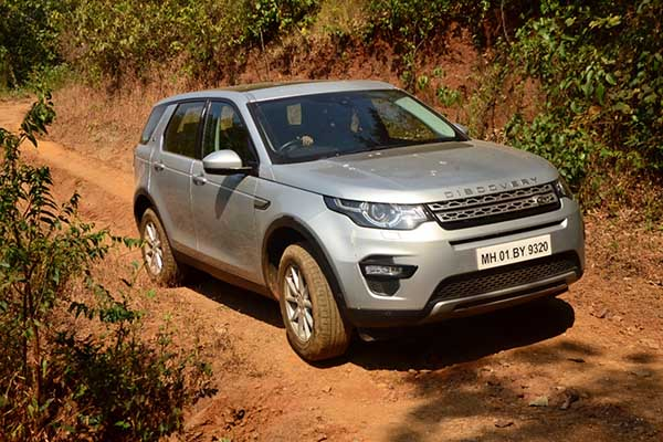 LAND ROVER ANNOUNCES A THRILLING OFF-ROAD DRIVE EXPERIENCE IN CHENNAI FOR ITS CUSTOMERS