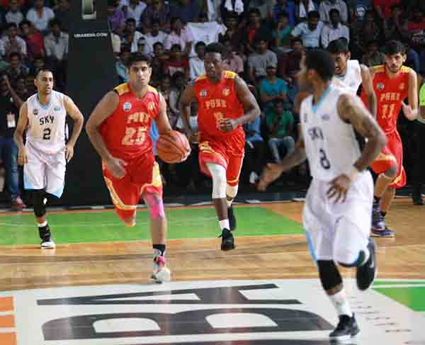 UBA Season 4- Game 24: Shorthanded Pune Peshwas top South Division with a hard-fought win over Hyderabad Sky