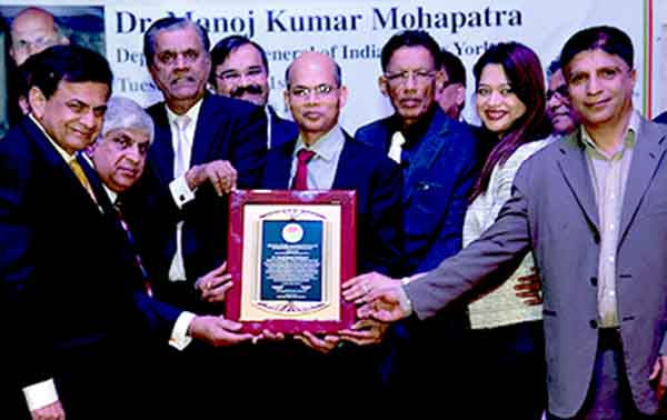 Community bids farewell to Dy Consul General Dr Mohaptra