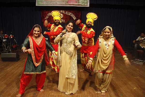 baishakhi kala utsav conducted in pune by The punjabi cultural association