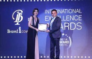 Pankaj Singh Felicitated with International Excellence Award by Shilpa Shetty