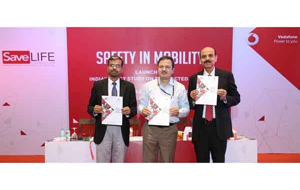 """Vodafone India and SaveLIFE Foundation Promote Safety in Mobility with the launch of India's First """"DISTRACTED DRIVING REPORT"""": A study on Mobile Phone Usage, Pattern and Behavior"""
