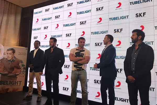 "Superstar Salman Khan releases the first single ""RADIO"" from TUBELIGHT to a massive response in Dubai"