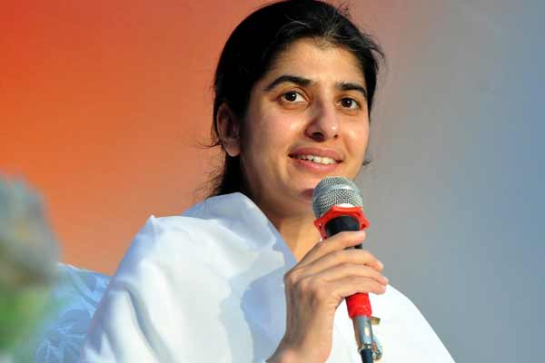 "US Brahma Kumaris Welcomes Sister Shivani to a Tour on ""Awakening"""