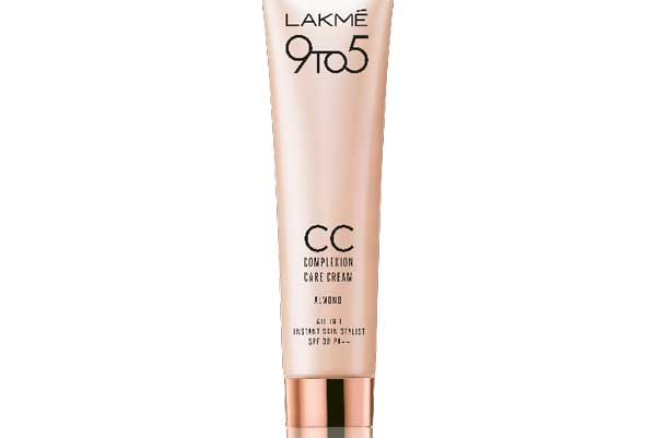 ­­­ Treat your skin to give it the perfect care and spotless glow with new shades from the Lakmé 9 to 5 CC range