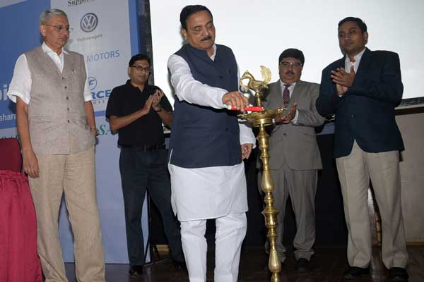 SIAM organises workshop on 'Future Technology and Regulations for Automobiles'