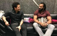 WWE Champion Jinder Mahal personally invites Sachin & Arjun Tendulkar for WWE Live Event in India in December