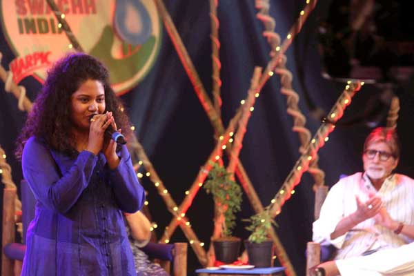 Singer Anwesshaa performed Vaishnava  Jan To for Banega Swachh India programme organised by ND TV at Juhu