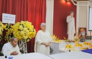 Unique 'Modi Khana' with Dada on Guru Nanak Jayanti celebrated in Sadhu Vaswani Mission, Pune