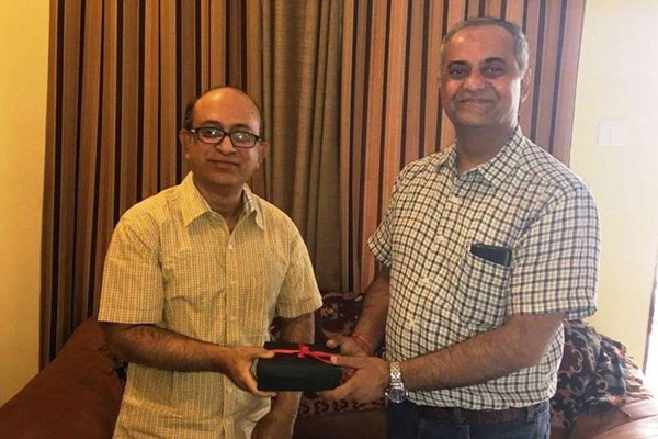 TWO PUNE RESIDENTS WIN NATIONAL VODAFONE FANTASTIC BREAKS CONTEST